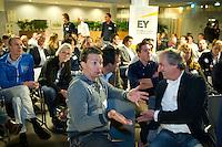 DEN HAAG - Lutger Brenninkmeijer met Maarten van Heeswijk (r) KNHB Technisch Kader Congres ' Coach the game' bij EY in Den Haag. FOTO KOEN SUYK