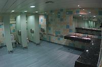 LISBOA-20 OUTUBRO:DRESSING ROOM (Balneˆrio) do Est‡dio Alvalade XXI¼ casa da equipa da super liga do Sporting C.P. e que vai albergar o EURO 2004, 20-10-03 19:45 no est‡dio Alvalade XXI.<br />(PHOTO BY: AFCD/NUNO ALEGRIA)