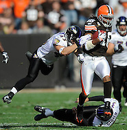 Cleveland returner Josh Cribbs returns a kickoff 92 yards for a touchdown as kicker Matt Stover and Haruki Nakamura miss tackles in the first quarter.