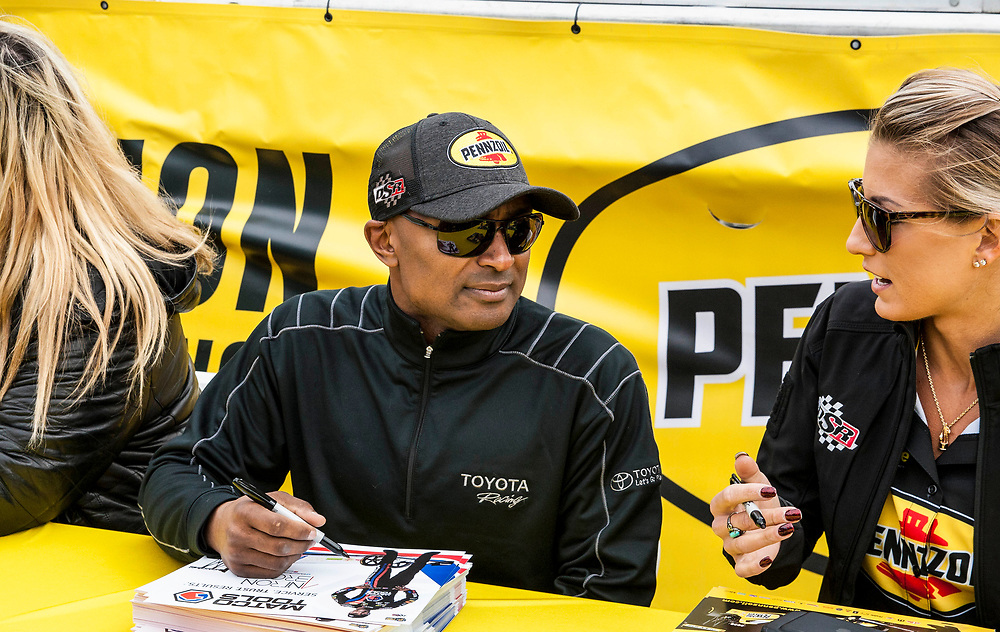 Mar 03, 2018 Las Vegas, NV  U.S.A. Top fuel driver Antron Brown will be the pace driver for Pennzoil 400 championship signing autographs during the Nascar  Pennzoil 400 qualifier at Las Vegas Motor Speedway. Thurman James / CSM
