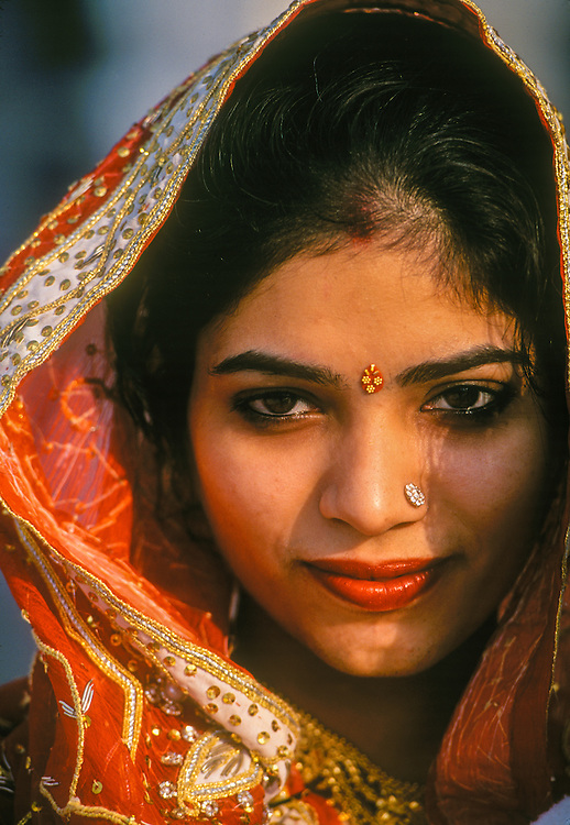 Indian woman on the grounds of the Golden Temple (holiest Sikh shrine), Amritsar, Punjab, India