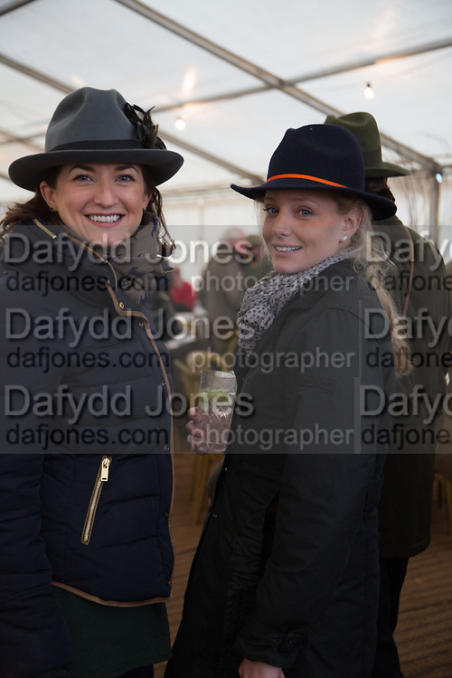 SEANIN MCPHERSON; EMILY PRAGNELL, Heythrop Point to Point. At a  new course at Cocklebarrow near Aldsworth. 11 January 2014