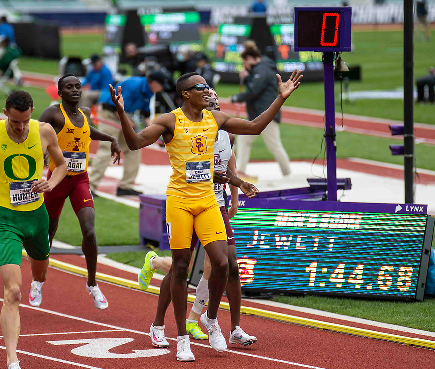 June 11, 2021 Eugene, OR  U.S.A. USC  Isaiah Jewett wins the 800m race during the NCAA division 1 mens and womens track and field outdoor championship at Hayward Field Eugene, OR. Thurman James / CSM
