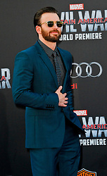 """Chris Evans 04/12/2016 World Premiere of Marvel's """"Captain America: Civil War"""" held at Dolby Theater in Hollywood, CA. EXPA Pictures © 2016, PhotoCredit: EXPA/ Photoshot/ Albert L. Ortega<br /> <br /> *****ATTENTION - for AUT, SLO, CRO, SRB, BIH, MAZ, SUI only*****"""