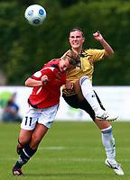 Fotball<br /> Semifinale EM J17<br /> Norge v Spania 0-2<br /> 22.06.2009<br /> Foto: imago/Digitalsport<br /> NORWAY ONLY<br /> <br /> Else Vassbø (Norwegen U17, li.) gegen Ivana Andres (Spanien U17)