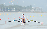Chungju, South Korea. GBR LM1X, Jamie KIRKWOOD, at the start of his heat,  pours water over himself, before racing. 2013 FISA World Rowing Championships, , Tangeum Lake International Regatta Course. 10:21:06  Sunday  25/08/2013 [Mandatory Credit. Peter Spurrier/Intersport Images]