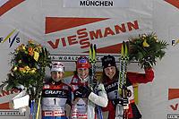 Langrenn<br /> Tour de Ski 2006/2007<br /> München 31.12.2006<br /> Foto: imago/Digitalsport<br /> NORWAY ONLY<br /> <br /> Siegerehrung nach der 1. Station der Tour de Ski 2006/2007: Marit Bjørgen (Norge, Mitte) gewinnt vor Arianna Follis (Italia, li.) und Chandra Crawford (Canada)