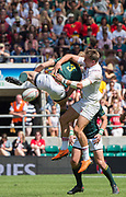 Twickenham, United Kingdom. 3rd June 2018, HSBC London Sevens Series. Game 38 Cup Semi Final. South Africa vs England. <br /> <br /> England's Harry GLOVER and RSA's, Dylan SAGE, contest the high ball, wirg neither taking advantage, during the Rugby 7's, match played at the  RFU Stadium, Twickenham, England, <br /> <br /> <br /> <br /> © Peter SPURRIER/Alamy Live News