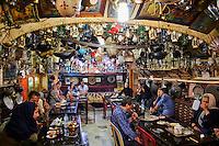 Iran, province d'Ispahan, Ispahan, maison de thé Azadegan // Iran, Isfahan, Azadegan teahouse