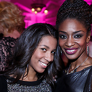 NLD/Amsterdam/20131111 - Beau Monde Awards 2013, Sylvana Simons en dochter