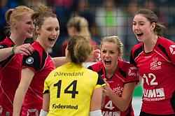 03-12-2014 GER: USC Muenster - SC Potsdam, Munster<br /> Halle Berg Fidel, Muenster Volleyball, DVV-Pokal Frauen, Viertelfinale / Jubel Leonie Schwertmann (#18 Muenster), Sarah Petrausch (#7 Muenster), Linda Doerendahl (#14 Muenster), Tess von Piekartz (#4 Muenster), Wiebke Silge (#12 Muenster)<br /> <br /> <br /> ***NETHERLANDS ONLY***