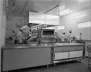15-16/07/1970<br /> 07/15-16/1970<br /> 15-16 July 1970<br /> View of the kitchen in the Tara Towers Hotel, Merrion Road, Dublin.