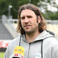 17.07.2020, Hänsch-Arena, Meppen, GER, 3.FBL, PK SV Meppen <br /> <br /> Als neuer Trainer des SV Meppen wurde Torsten Frings vorgestellt.<br /> <br /> im Bild<br /> Trainer Torsten Frings (SV Meppen)<br /> <br /> DFL REGULATIONS PROHIBIT ANY USE OF PHOTOGRAPHS AS IMAGE SEQUENCES AND/OR QUASI-VIDEO<br /> <br /> Foto © nordphoto / Paetzel