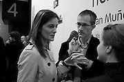 REBECCA WILSON AND GEOFF DYER. Reception, private view and dinner.; Juan Munoz- A Retrospective. Tate Modern. -DO NOT ARCHIVE-© Copyright Photograph by Dafydd Jones. 248 Clapham Rd. London SW9 0PZ. Tel 0207 820 0771. www.dafjones.com.