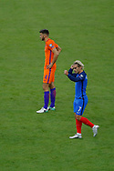 Antoine GRIEZMANN (FRA) scored a goal against Jasper CILLESSEN and celebrated it, Wesley HOEDT (NED) during the FIFA World Cup Russia 2018, Qualifying Group A football match between France and Netherlands on August 31, 2017 at Stade de France in Saint-Denis, France - Photo Stephane Allaman / ProSportsImages / DPPI