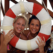 Miss Nederland 2003 reis Turkije, Elise Boulogne en Yvonne Beekelaar