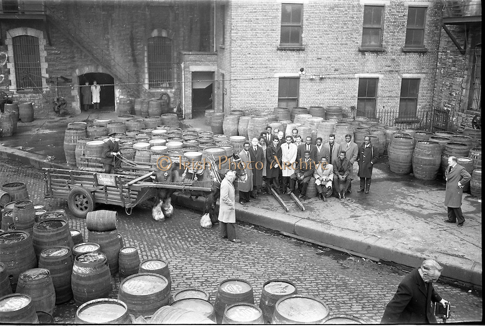21/02/1963.02/21/1963.21 February 1963.A party of overseas students from U.C.D., T.C.D. and the College of Surgens isiting the distillery of John Jameson and Son Ltd., Bow Street, Dublin.  The group included students from Nigeria, Ghana, Northern Rhodesia, Tanganyika, Kenya, Trinidad and Ceylon. They were accompanied by Mr. B.C. Buckler, Director of the Overseas Students' British Council Office, Dublin and Mr. martin Sheridan, Information Officer, Coras Trachtala/The Irish Export Board, Jameson's, Irish, Whiskey, jameson,