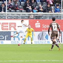 Aziz Bouhaddouz (Nr.11, SV Sandhausen) mit einer Chance beim Spiel in der 2. Bundesliga, SV Sandhausen - FC St. Pauli.<br /> <br /> Foto © PIX-Sportfotos *** Foto ist honorarpflichtig! *** Auf Anfrage in hoeherer Qualitaet/Aufloesung. Belegexemplar erbeten. Veroeffentlichung ausschliesslich fuer journalistisch-publizistische Zwecke. For editorial use only. For editorial use only. DFL regulations prohibit any use of photographs as image sequences and/or quasi-video.