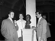 26/04/1958<br /> 04/26/1958<br /> 26 April 1958<br /> Varnishing Day at the R.H.A. Exhibition at the College of Art, Kildare Street, Dublin.