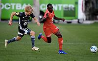 Fotball , 10. mars 2019 , Privatkamp , Brann - Rosenborg 1-0<br /> Gilbert Koomson, Brann<br /> Birger Meling , RBK