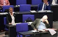 DEU, Deutschland, Germany, Berlin, 07.09.2021: Die Vorsitzenden der AfD-Bundestagsfraktion, Alice Weidel und Alexander Gauland, im Plenum des Deutschen Bundestags.