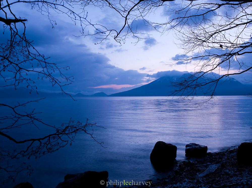 Lake Shikotsu in Shikotsu-T?ya National Park, a national park in the central part of the island of Hokkaid?, Japan