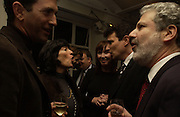 James Rubin, Christianne Amanpour, Carol Victor, David Remnick. party for Anthony Lane's book hosted  given by David Remnick, editor of the New Yorker. River Cafe. 12 November 2002.  © Copyright Photograph by Dafydd Jones 66 Stockwell Park Rd. London SW9 0DA Tel 020 7733 0108 www.dafjones.com