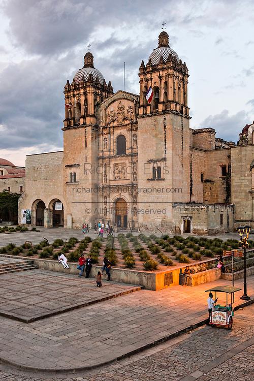 The Santo Domingo de Guzmán Church in Oaxaca, Mexico.