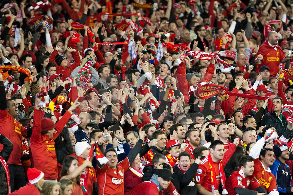 © Licensed to London News Pictures. 24/7/2013. Liverpool fans  during the Melbourne Victory Vs Liverpool F.C at the Melbourne Cricket Ground, Melbourne, Australia. Photo credit : Asanka Brendon Ratnayake/LNP