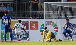 01.06.2019, Waldviertler Volksbank Arena, Horn, AUT, 2. FBL, SV Horn vs WSG Swarovski Wattens, 30. Runde, im Bild v.l. Raffael Behounek (SV Horn), Tor zum 1:3 durch Kelvin Kwarteng Yeboah (WSG Swarovski Wattens), Christoph Haas (SV Horn) und Andree Neumayer (SV Horn) // during the Erste Liga 30th round match between SV Horn and WSG Swarovski Wattens at the Waldviertler Volksbank Arena in Horn, Austria on 2019/06/01. EXPA Pictures © 2019, PhotoCredit: EXPA/ Thomas Haumer
