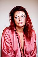 Joanna, den ulykkelige luder. Historien om en polsk prostitueret i Danmark. Joanna har arbejdet på mere end 19 forskellige bordeller i Danmark, hovedsaligt i Jylland.  Joanna er 39 år gammel, lider af posttraumatisk stress og har ødelagt sit eget liv.