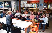 UDEN - KNHB workshop door Tischa Neve op HC Uden,  over sportiviteit langs de lijn.  FOTO KOEN SUYK