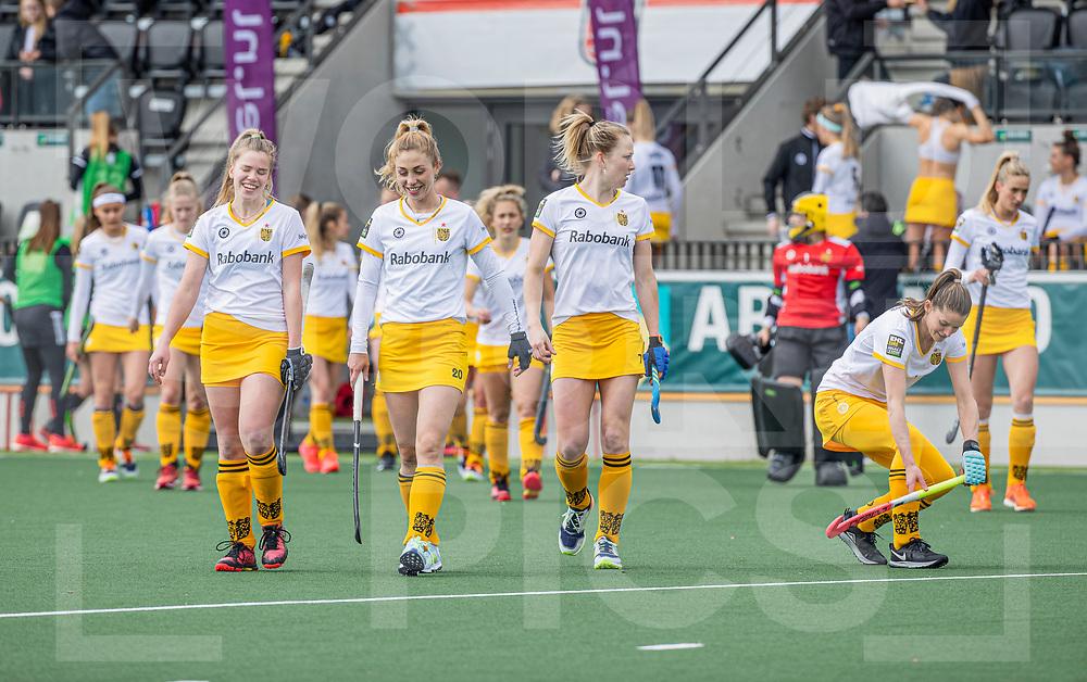 AMSTELVEEN -  dames van Den Bosch , met oa Imme van der Hoek (DenBosch), Laura Nunnink (DenBosch) Ireen van den Assem (DenBosch)  en Lidewij Welten (DenBosch)  voor  de hoofdklasse hockey competitiewedstrijd dames, Amsterdam-Den Bosch (0-1)  COPYRIGHT WORLDSPORTPICS KOEN SUYK