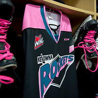 102117 Portland Winterhawks at Kelowna Rockets - PINK