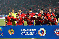 Fotball<br /> Copa America<br /> 29.06.2015<br /> Chile v Peru<br /> Foto: imago/Digitalsport<br /> NORWAY ONLY<br /> <br /> Chile s starting players pose for a photo prior to a semi-final match between Chile and Peru of 2015 American Cup in Santiago, capital of Chile, June 29, 2015. Chile defeated Peru 2-1<br /> Lagbilde Chile