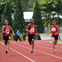 B Division Girls 100m