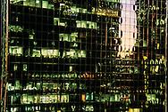 New York - office buildings in midtown Manhattan  New York  United States  . /  immeuble de bureaux dans midtown Manhattan
