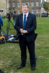 © Licensed to London News Pictures.18/04/2017.London, UK. Scottish Liberal Democrats MP ALISTAIR CARMICHAEL is interviewed by the media in Westminister after British Prime Minister Theresa May declared a general election for June 8th on 18, April 2017.Photo credit: Ray Tang/LNP