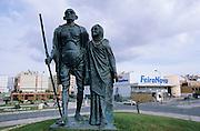 Mahatma Gandhi and his wife statues.