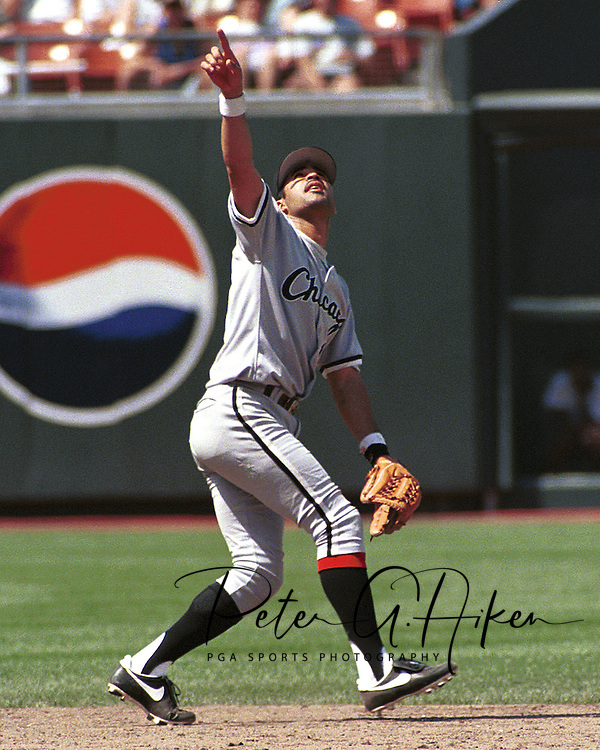Chicago White Sox Ozzy Guien during game action against the Kansas City Royals at Kauffman Stadium in Kansas City, Missouri in 1995.