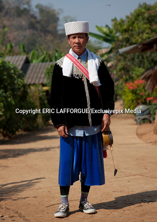 NORTH THAILAND LAST TRIBES <br /> <br /> Most  of  the  people  think  Thailand  hosts  only  one  tribe,  the  vey  famous  long  neck.  Much more  tribes  still  live  in  the  north  of  the  country  with  strong  traditions.  To  reach  them  by road, you'll  need to like curves : thousands are waiting for you in the hills ! Kor Yor tribe (Kayaw), aka the Big Ears or Long Ears, are of of them. They are called like this as they wear since their youngest age some huge ear rings. Like the Long Necks, they are Karenni refugees from Myanmar. Most of the ones i met are christians,  and  wear  some  Jesus  cross  around  the  neck.  They  are  different  from  the  long Neck  women,  as  they  have  their  own  language  and  traditions.  In  Thailand,  like  the  Long Necks,  they  can  be  seen  in  tourists  villages  that  she  share.  Some  critisize  those  touristic villages but many women told me that thanbks to the tourists they could leave the refugee camp , earn money , and get a better life than just waiting for international aid in the camp.   Lahu  people  live  in  the  mountains  of  China,  Myanmar,  Laos  and  northern  Thailand.The Lahu  people  are  famous  for  their  musical  instruments,  made of  wood  and  bamboo.  Uncle Ja  Yo,  a  famous  musician,    told  me  that  when  he  was  young,  he  used  his  Nor  Ku  Ma  to seduce the girls from the others villages,  playing loud to attire them all a round the valley ! There  are  approximately  30  000  Lahus  now  living  in  Thailand. There  are  four  tribes  within the Lahu: Black, Red, Yellow and She-Leh. I met the Black ones, called like that because of the  black  colors  of  the  women  traditional  clothes  sleeves.  Before,  their  domestic  animals like  chickens,  pigs  and  buffalos  were  kept  in  the  basement  corral  of  their  houses,  but  thai goverment has asked them to separate for health security. So now, you can find 2 villages : one  for  the  humans,  one  for  the  a