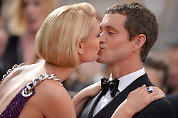 Claire Danes and Hugh Dancy attend the 67th Emmy Awards at the Microsoft Theatre on September 20th, 2015 in Los Angeles, CA, USA. Photo by Lionel Hahn/ABACAPRESS.COM  | 516539_020 Los Angeles Etats-Unis United States