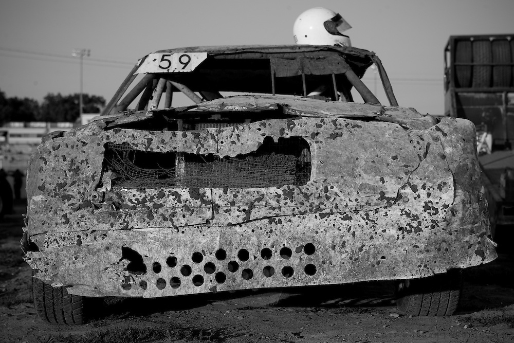 Scott Morgan/The Hawk Eye.Roger Krieger of Burlington #59 started racing in '67 as a senior in high school. had most body panels on the car for 11 years...Saturday Aug. 12, 2006 at the 34 Raceway in Middletown, Iowa.