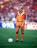 Fotball<br /> Barcelona Historie<br /> Foto: ColorsportDigitalsport<br /> NORWAY ONLY<br /> <br /> Ronald Koeman (Barcelona). Barcelona v Sampdoria, European Cup Final, Wmbley 20/5/92.