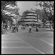 Corner of Hoan Kiem lake from Le Thai To street. Hanoi, Vietnam, Asia