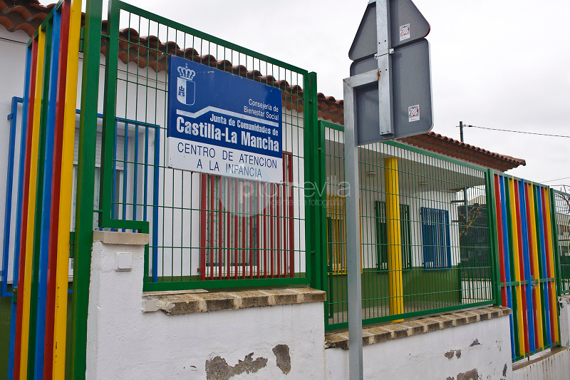 Centro de atención a la infancia. Mota del Cuervo. Cuenca. Ruta de Don Quijote ©Antonio Real Hurtado / PILAR REVILLA