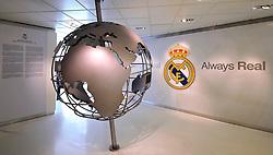 THEMENBILD, ESTADIO SANTIAGO BERNABEU, es ist das Fußballstadion des spanischen Vereins Real Madrid. Es liegt im Zentrum der Stadt Madrid im Viertel Chamartin. Seit der letzten Modernisierung im Jahr 2005 fasst es 80.354 Zuschauer und ist seit 14. November 2007 als UEFA-Elite-Stadion ausgezeichnet, der hoechsten Klassifikation des Europaeischen Fußballverbandes. Das Stadion wurde am 14. Dezember 1947 als Nuevo Estadio Chamartin mit 75.000 Plaetzen offiziell eroeffnet. Am 14. Januar 1955 stimmte die Mitgliederversammlung des Klubs für die Umbenennung des Stadions zu Ehren des damaligen Vereinspraesidenten Santiago Bernabeu, nach dessen Vision die Spielstaette gebaut wurde. Im Bild Ausstellung, Museum, always Real. Bild aufgenommen am 27.03.2012. EXPA Pictures © 2012, PhotoCredit: EXPA/ Eibner/ Michael Weber..***** ATTENTION - OUT OF GER *****