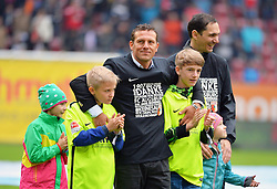 14.05.2016, WWK Arena, Augsburg, GER, 1. FBL, FC Augsburg vs Hamburger SV, 34. Runde, im Bild Markus Weinzierl, Trainer des FC Augsburg // during the German Bundesliga 34th round match between FC Augsburg and Hamburger SV at the WWK Arena in Augsburg, Germany on 2016/05/14. EXPA Pictures © 2016, PhotoCredit: EXPA/ Eibner-Pressefoto/ Hierm<br /> <br /> *****ATTENTION - OUT of GER*****