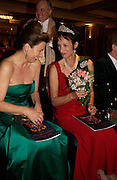 Caroline Stanley and Iona Duchess of Argyll, ( Mrs. gordon? )  The Royal Caledonian Ball 2004. Grosvenor House, 21 May 2004. ONE TIME USE ONLY - DO NOT ARCHIVE  © Copyright Photograph by Dafydd Jones 66 Stockwell Park Rd. London SW9 0DA Tel 020 7733 0108 www.dafjones.com