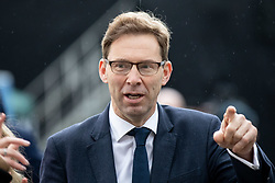© Licensed to London News Pictures. 15/01/2019. London, UK. Tobias Ellwood MP walks through College Green. This evening, MPs are due to vote on British Prime Minister Theresa May's EU withdrawal deal, after the previous vote in December was postponed. Photo credit : Tom Nicholson/LNP